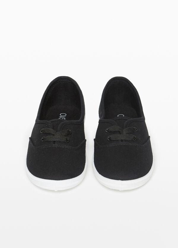 Sneaker zum Schnüren mit Obermaterial aus Leinen