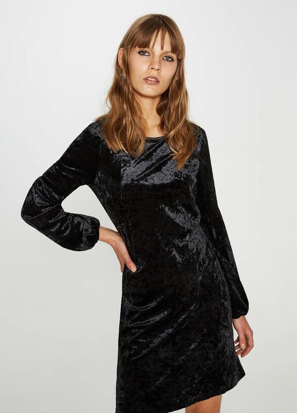 Einfarbiges Kleid aus Chenille-Stretch | OVS