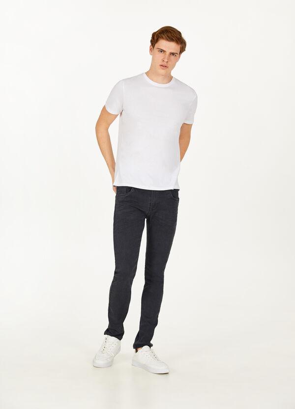Einfarbige Stretch-Jeans