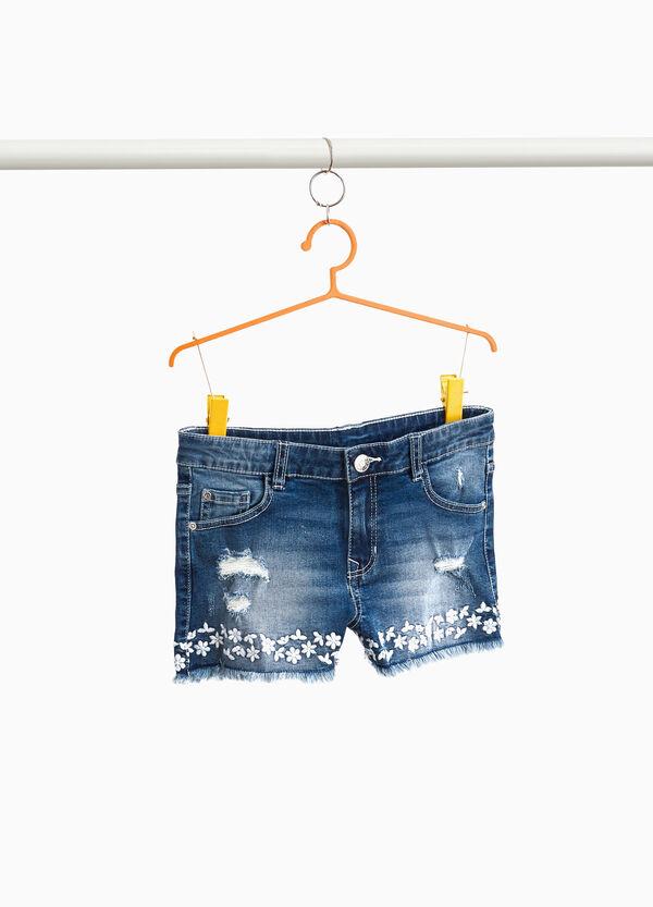 Jeans-Stretch-Shorts mit Stickerei