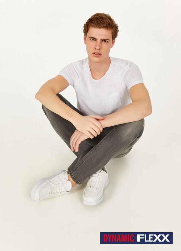 Jeans Dynamic Flexx mit entfärbter Optik