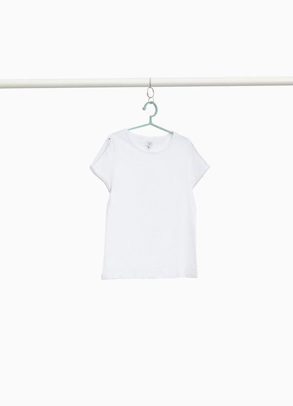 T-Shirt aus reiner Baumwolle mit Öffnung