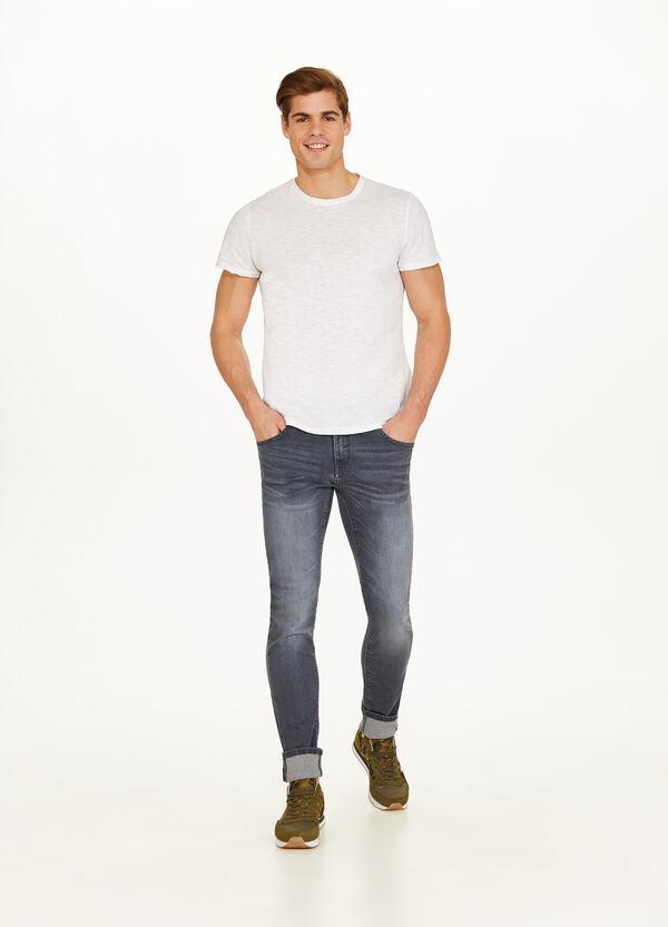 Stretch-Jeans Skinny Fit mit Used-Effekt