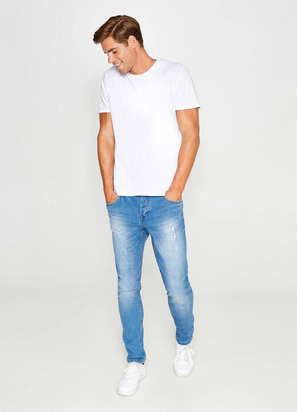 Stretch-Jeans Loose Fit mit Used-Effekt | OVS