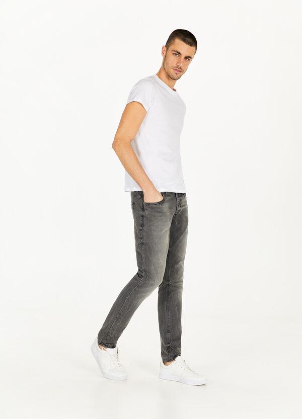 Jeans Slim Fit mit entfärbter Optik
