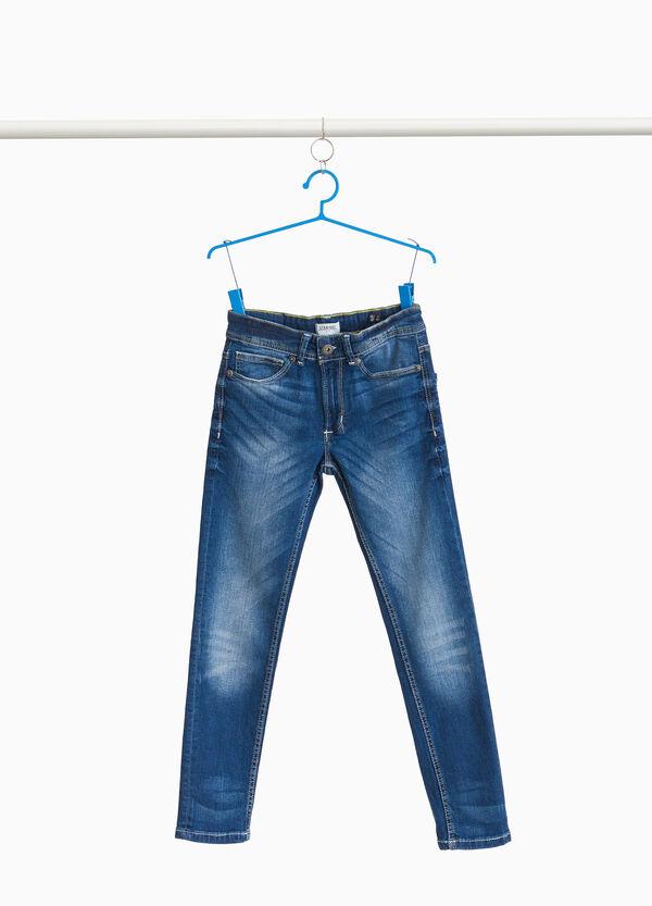 Stretch-Jeans Straight Fit mit Used-Effekt