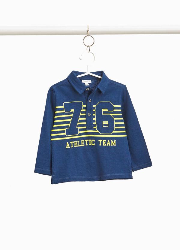 Polo-Shirt mit gestreiftem Buchstabenaufdruck