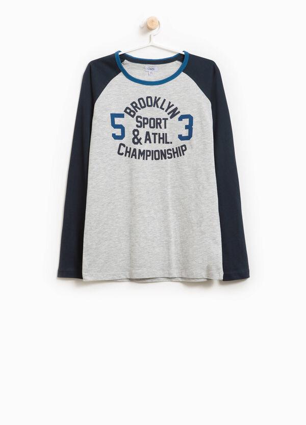 T-Shirt aus Baumwolle mit Buchstabenaufdruck | OVS