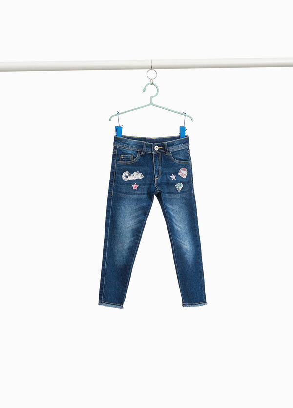 Stretch-Jeans Patch und Pailletten
