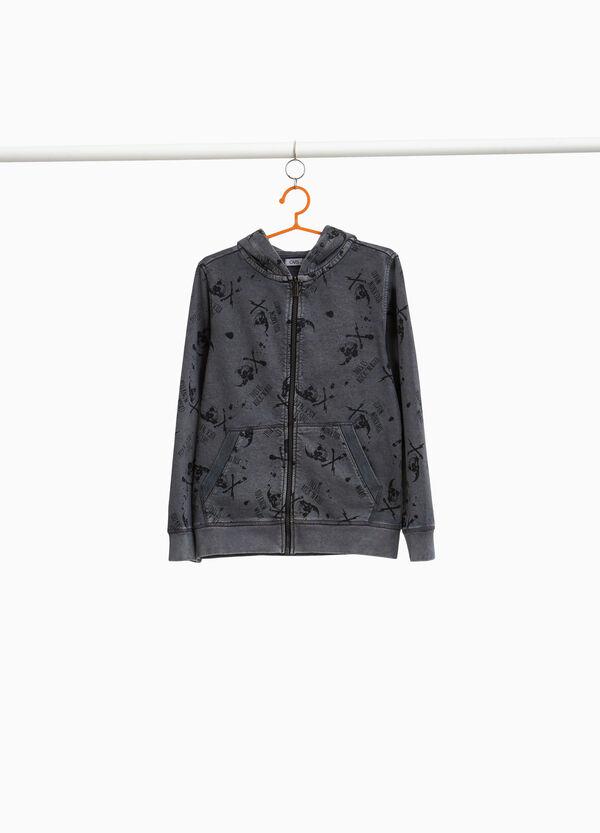 Sweatshirt Muster Totenköpfe und Lettering