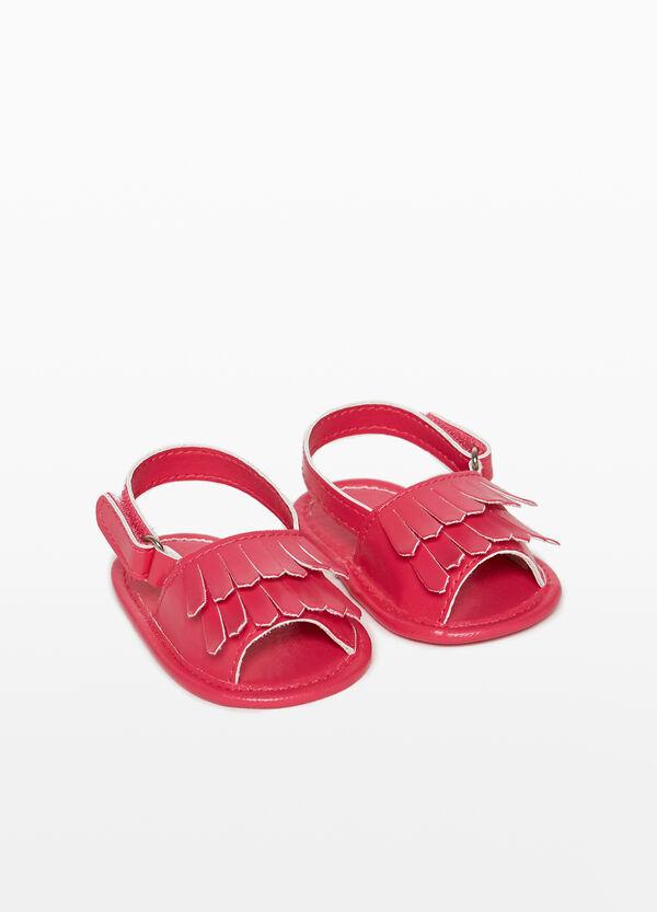 Riemen-Sandalen mit Fransen