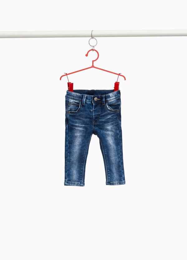 Stretch-Jeans Effekt-Färbung mit entfärbter Optik