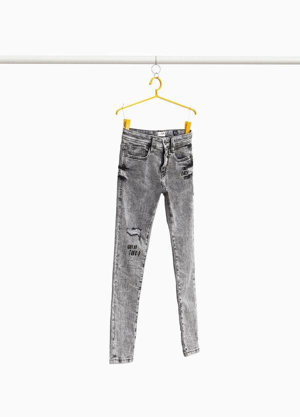 Jeans Slim Fit Effekt-Färbung mit Stickerei