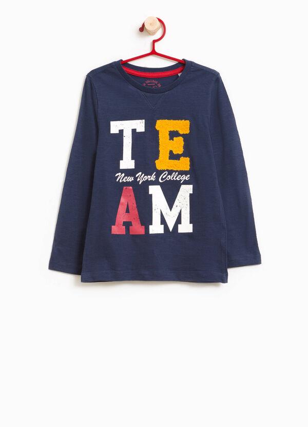 T-Shirt reine Baumwolle Aufdruck und Patch | OVS