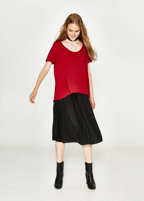 T-Shirt aus reiner Slub-Baumwolle | OVS