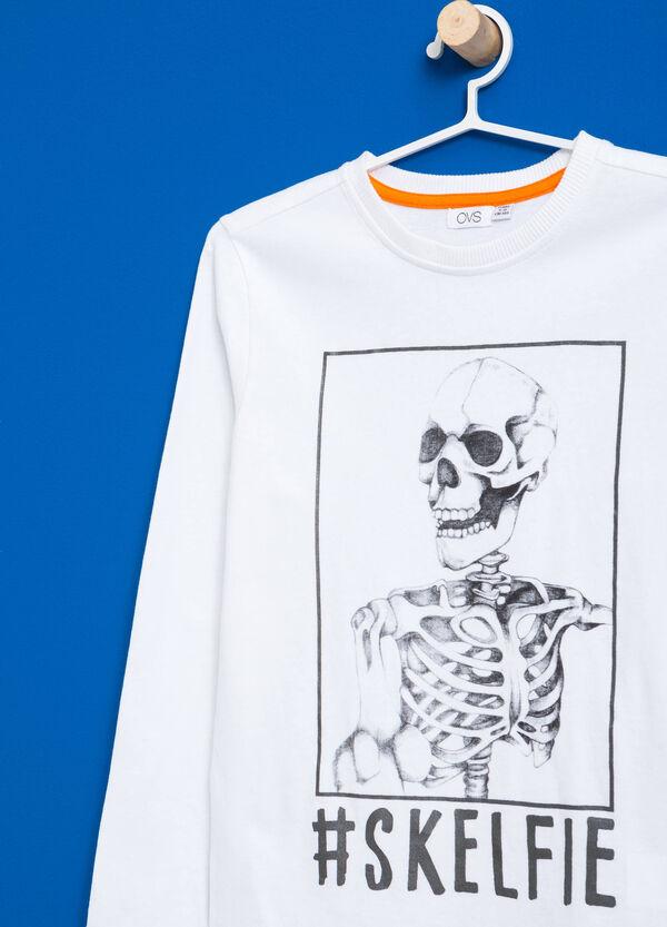 T-Shirt reine Baumwolle mit Aufdruck | OVS