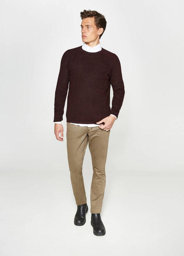 Einfarbige Hose aus reiner Baumwolle   OVS