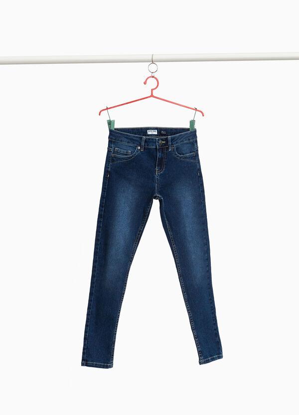 Verwaschene Stretch-Jeans mit entfärbter Optik