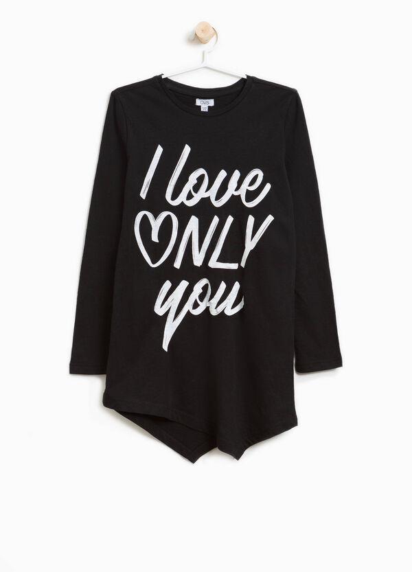 Langes T-Shirt asymmetrischer Saum und Aufdruck | OVS