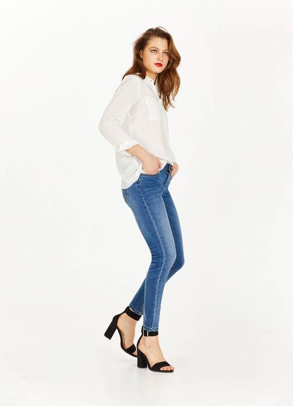 Stretch-Jeans Slim Fit mit Washed-tut-Effekt