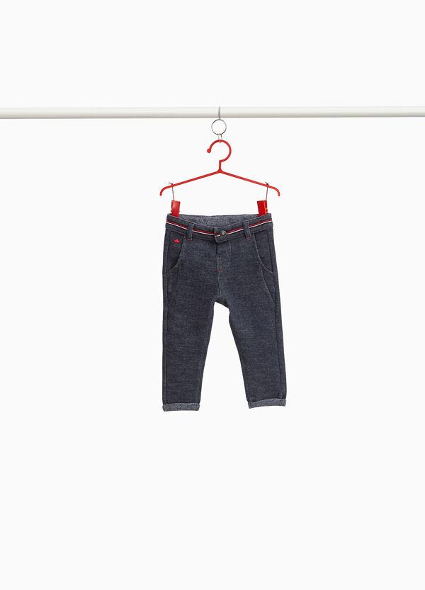 Hose aus Baumwolle mit gestreiftem Bund