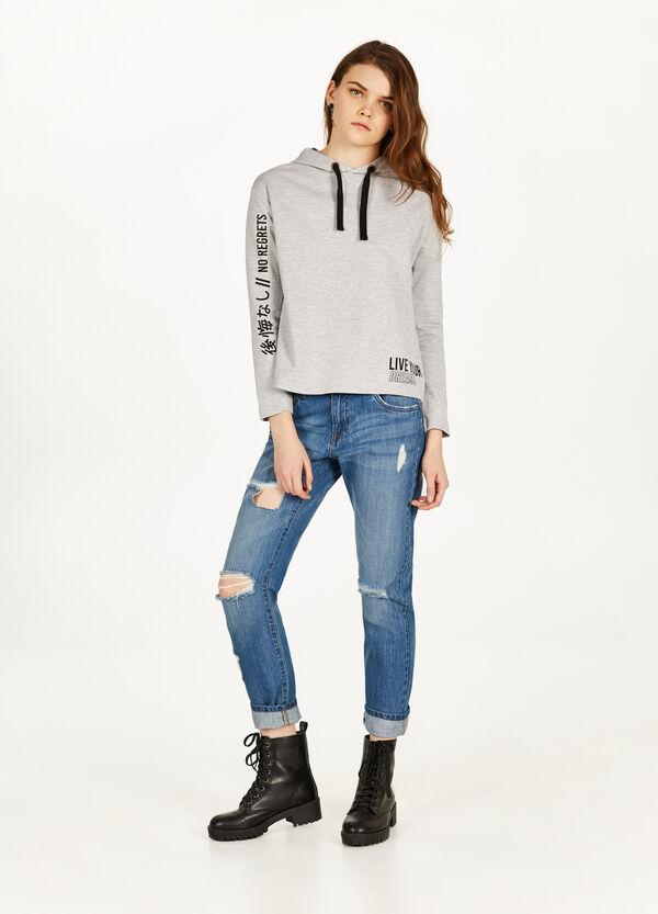 Jeans Girlfriend Fit mit Destroyed-Stellen