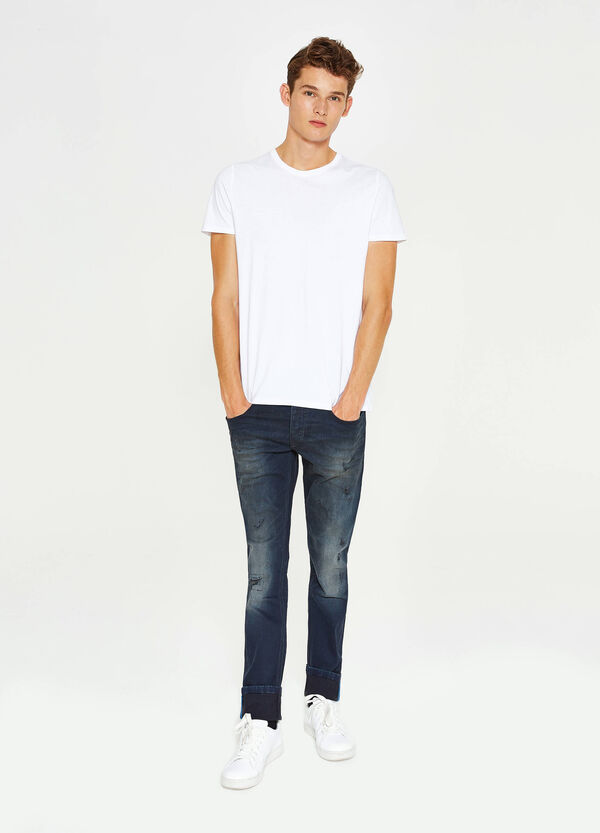 Stretch-Jeans Slim Fit Used-Effekt und Destroyed-Stellen | OVS