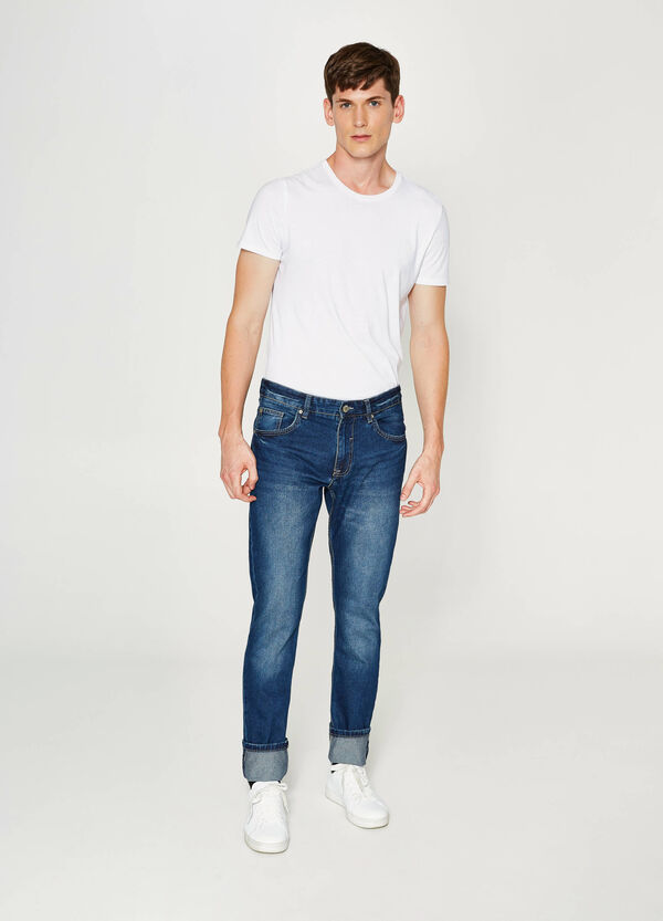 Jeans Straight Fit mit Used-Effekt mit Umschlag | OVS