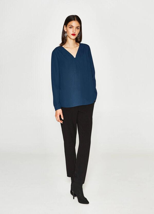 Einfarbige Bluse mit V-Ausschnitt | OVS