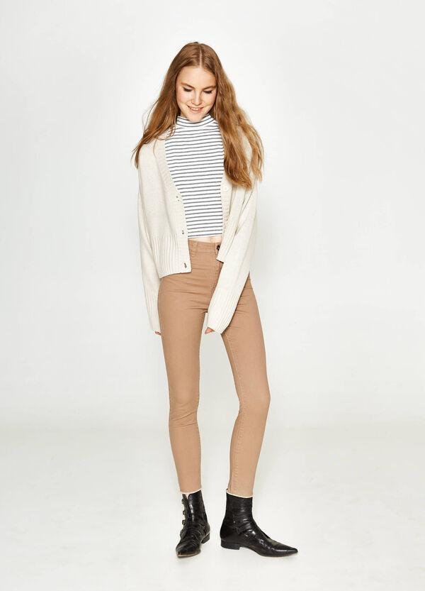 Hose mit hohem Bund aus Baumwollstretch | OVS
