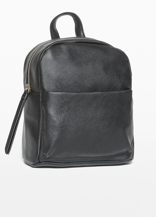 Einfarbiger Rucksack mit Tasche