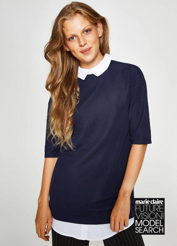 T-Shirt aus Baumwollstretch mit aufgesetzter Doppelkante