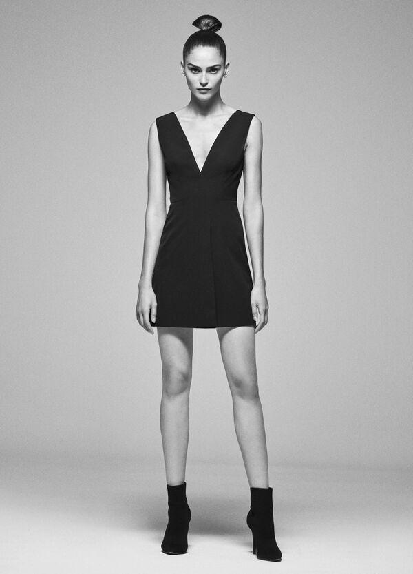 Kleid Stretch V-Boot-Ausschnitt und Schnürband | OVS