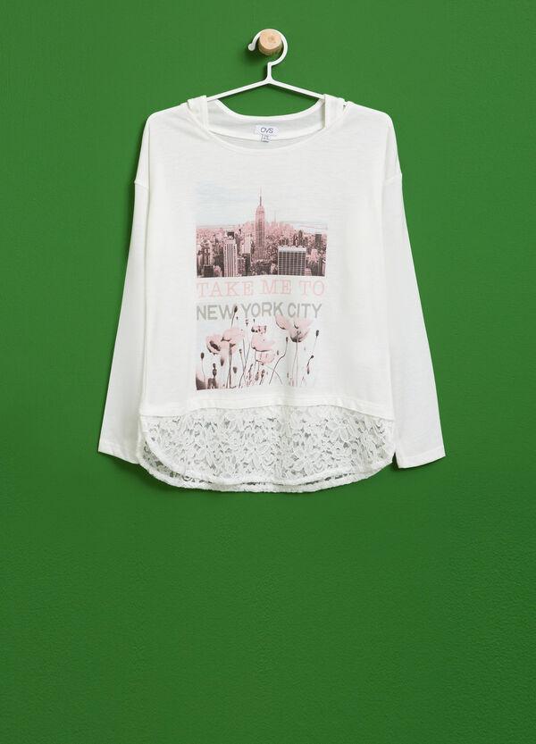 T-Shirt aus Viskose mit Spitze und Aufdruck | OVS