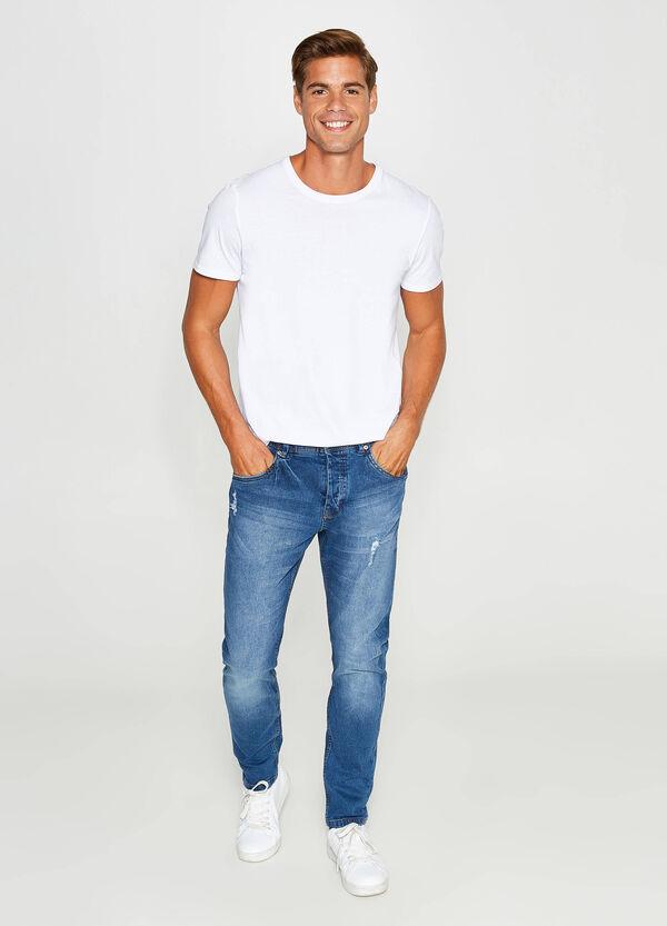 Stretch-Jeans Loose Fit mit Used-Effekt und Rissen | OVS