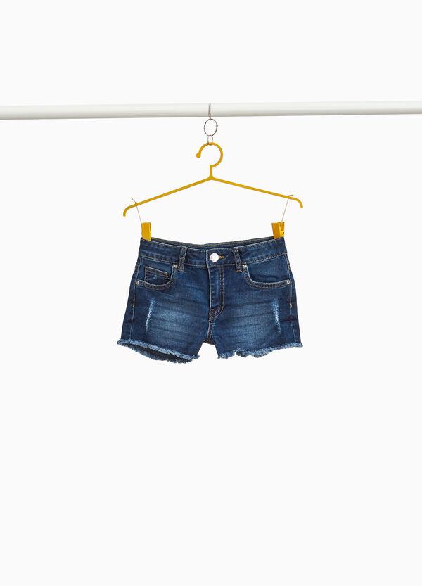 Stretch-Jeans-Shorts mit Destroyed-Stellen