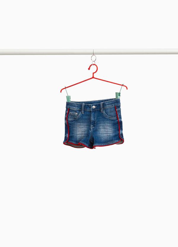Shorts aus Jeansstretch mit Profil