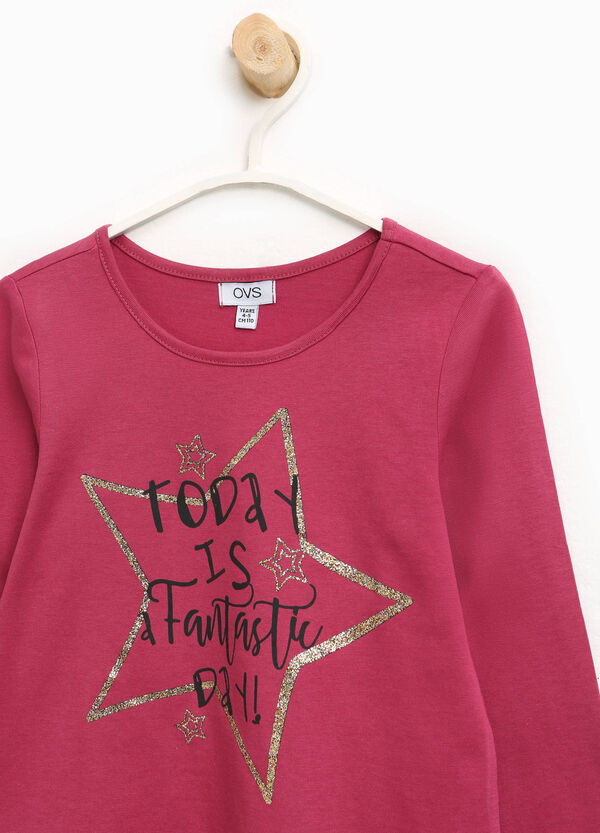 T-Shirt aus reiner Baumwolle mit Buchstabenaufdruck   OVS