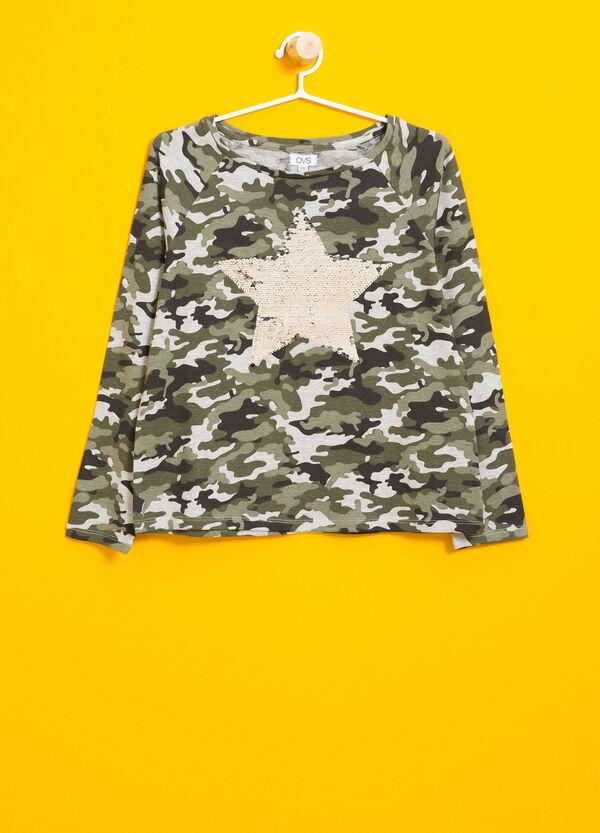 Stretch-T-Shirt Camouflage und Pailletten | OVS